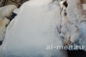 Овечья шкура (на пол, на сиденье) стриженная белая