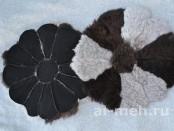 Меховая сидушка из лохматой дубленочной овчины на стул, табурет или сиденье, цена 250р.
