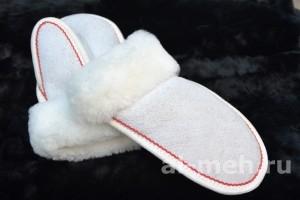Теплые детские варежки из натурального меха, цвет - Белый